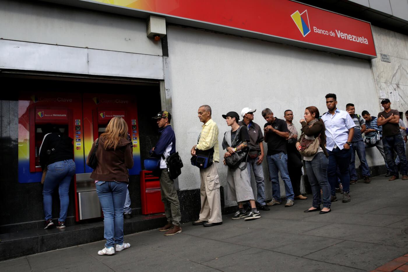 Quien es el responsable de la escasez de efectivo en Venezuela ...