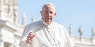 El Papa francisco y su llamado a los economistas